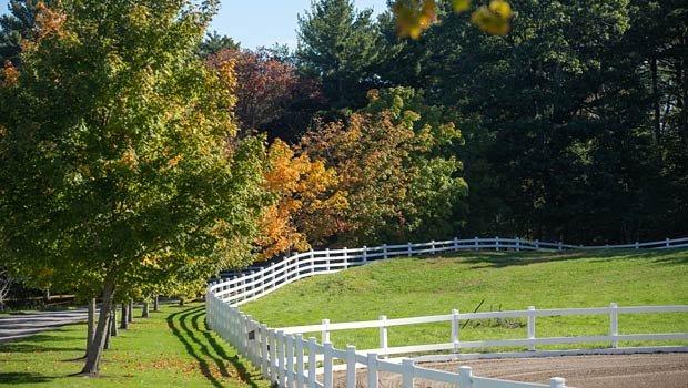 fence-driveway-620